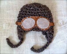 Jett: Little Aviator Pilot Hat | Bébé K StudioBébé K Studio: handmade photography props bebekphotoprops.com facebook.com/bebekstudio baby newborn boy girl crochet hat headband blanket rug layer set