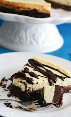 Low Carb and Gluten Free Brownie Cheesecake Recipe