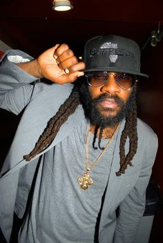 Tarrus Riley - Singy Singy - Reggae Artist  For more awesome pins : #iQHamburg