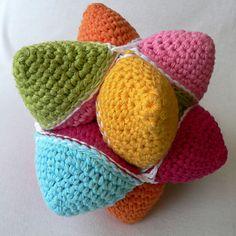 Crochet Star Ball (Puzzle) ~ free pattern ᛡ