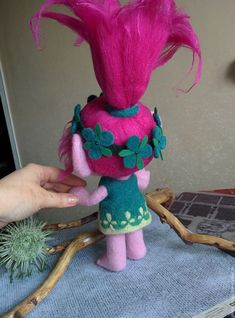 3d Projects, Projects For Kids, Troll Party, Baby Hair Accessories, Felt Toys, Needle Felting, Poppies, Knitting Patterns, Dinosaur Stuffed Animal