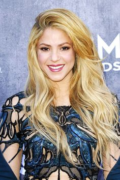 "The Golden Blonde, À La Shakira ""This is classic golden-blonde with light, pale highlights,"" Hazan explains. ""This allows her to pull off the color convincingly. Plus, the contrast of gold and pale creates a youthful, beachy sort of blonde."""