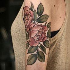 Perfect #pinkroses by Alice Carrier @alicerules #botanicaltattoo #bouquet #portlandtattoo #wonderlandpdx