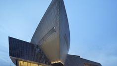 Centre De Congrès à Mons - Architetto Daniel Libeskind - Rivestimento in legno di robinia Jove