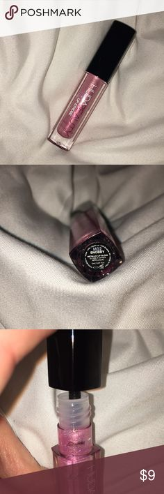 Huda Lip Strobe Brand new, the applicator has never been pulled out of the tube as shown by the clear and untouched stopper on the rim of the tube!   Shade is snobby  Travel size!  No box but is new! Sephora Makeup Lip Balm & Gloss