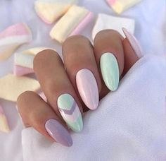 Easter Acrylic Nails which supremely stylish and fashionable - Hike n Dip - - Here are the best Easter Acrylic Nails for Browse through these Easter nail designs and make your stylish Easter nails spread charm & elegance. Mint Nail Art, Mint Nails, Gel Nails, Nail Polish, Coffin Nails, Chevron Nail Art, Easter Nail Designs, Easter Nail Art, Acrylic Nail Art