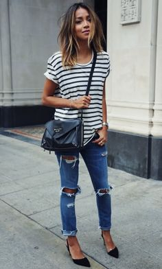 Julie-Sarinana-Street-Look-Stripes-Jeans