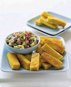 Bastoncini di polenta con macedonia di avocado.   Benché originaria dei paesi del Mar Mediterraneo, le foglie fresche ed i semi essiccati sono utilizzati prevalentemente nella cucina indiana...