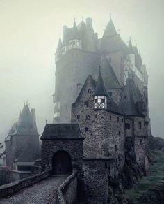 Замок Эльц Виршем Германия #EltzCastle #Wierschem #Germany  by po_gorodam
