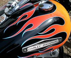 Airbrushed flames and graphics in Southern Ontario.Toronto, Kitchener, and London. Motorcycle Paint Jobs, Harley Davidson V Rod, Helmet Paint, Cool Tanks, Airbrush Art, Pinstriping, Paint Schemes, Painted Signs, Custom Paint