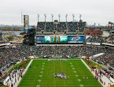14 UGE Wind Turbines Turn Philadelphia Eagles' Home Field Into the NFL's Greenest Stadium!