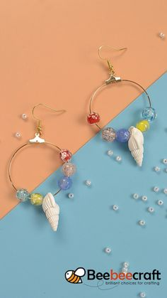 Offered in a range of sizes, colors and various metal choices, our hoop earrings collection has more than at least one style that you will love. Suit well with each suit, Hoop earrings, you deserve it. Diy Earrings And Necklaces, Simple Earrings, Beaded Earrings, Hoop Earrings, Shell Earrings, Handmade Beaded Jewelry, Wire Jewelry, Earrings Handmade, Jewellery