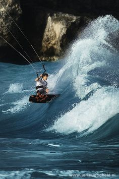 wave kiting......FCK YEAH!!!!! later this year.....gotta be done!!!