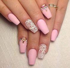 unhas nail rosa renda branco brilho