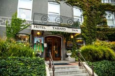 Tabard Inn | This historic inn near Dupont Circle boasts charming rooms, a restaurant, and a lounge bar with live jazz music. They make a great brunch too. Be sure to try one of the many homemade bake goods, including donuts and bagels! | #BHLDNgtown