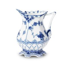 Blue Fluted Full Lace Creamer -- when i have a job again, my sugar bowl needs a full partner