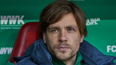 Werder Bremen's Clemens Fritz to hang up boots at end of season