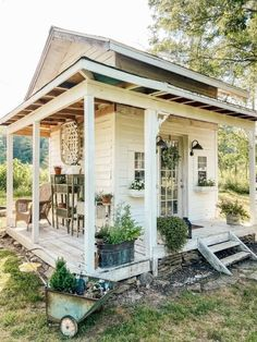 Farmhouse Design, Rustic Farmhouse, Farmhouse Homes, Outdoor Rooms, Outdoor Living, She Shed Decorating Ideas, Gazebo, Pergola, Pavillion