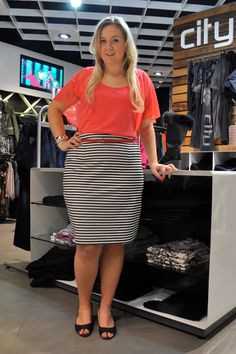 "plus size- Ok!! SOMEONE PLEASE TELL ME WHY THIS ""Plus Sized"" girl is wearing horizontal stripes? Especially on her skirt!! This blows her hips up and makes the lower half of her look HUGE!! Hello!!!!!"