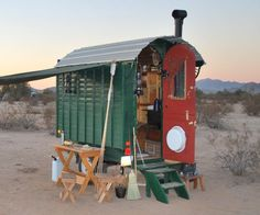 drooling.......Google Image Result for http://www.instablogsimages.com/1/2011/09/22/the_gypsy_wagon_fnygg.jpg