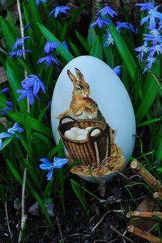 Victorian scrap egg
