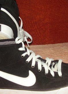 Kup mój przedmiot na #vintedpl http://www.vinted.pl/damskie-obuwie/inne-obuwie/15208547-czarne-trampki