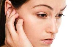 دنيتي | الصحة |  يعانى الكثير منا اليوم من مشكلة شمع الاذن و هو انسداد في قناة الاذن الخارجية بالشمع او المسمى بالصمغ, مما يسبب ضعف السمع