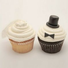Adorable Wedding Cupcakes