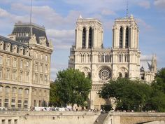 Notre Dame in Paris–Stefano and Laura's trip (courtesy of Morgue.com)