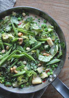 Grønn thaicurry med brokkoli