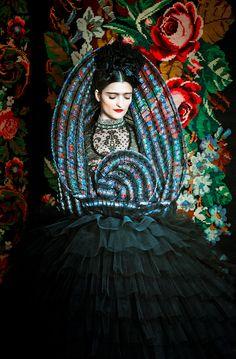 Susanne Bisovsky-Frida-Boldness-Blog