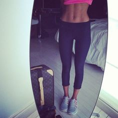 Perfect toned legs & stomach.. I want