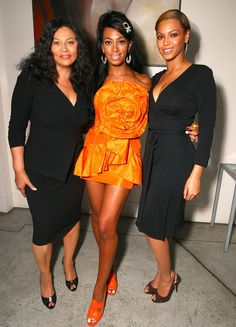 Tina, Solange and Beyonce Knowles - Hollywood's Most Fashionable Families