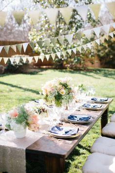 Beautiful Garden Party Ideas www.piccolielfi.it (color theme: neutrals/peach, blue, green)
