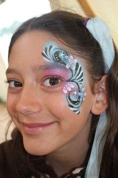 Face painting eye design
