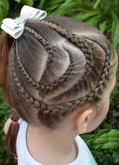 Cutest lace braid for girls kids is best option for parents to make their little ones gorgeous. Make its combination with different haircuts styles. Teenage Girl Haircuts, Teenage Hairstyles, Kids Braided Hairstyles, Cute Girls Hairstyles, Trendy Hairstyles, Gorgeous Hairstyles, School Hairstyles, Braided Updo, Ponytail Hairstyles