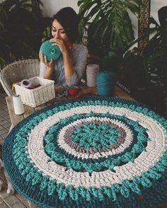 t r o p i c  m a n d a l a  #susimiu #handmade #crochet #knitting #crochet #trapillo #tshirtyarn #ganchillo #photography #green #mandala