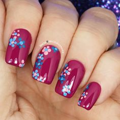 Fab floral nails! ✨