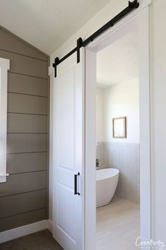 new Ideas farmhouse bathroom paint colors barn doors Bedroom Paint Colors, Painted Interior Doors, Bathroom Barn Door, Interior Door Paint Colors, Doors Interior, Modern Bathroom, Bathroom Paint Colors, Bathrooms Remodel, Bathroom Design