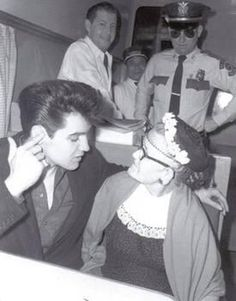 The train in which Elvis was traveling to California was mobbed by fans in El Paso TX 4-19-60