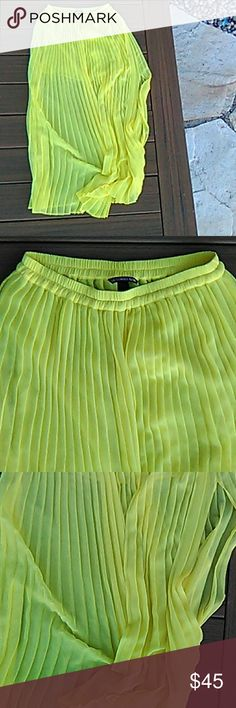 Victorias Secret skirt Beautiful never worn maxi skrit from Victorias secret with a mini underslip and a long slit on the side to show off those summer legs! Price firm, I paid full price. Victoria's Secret Skirts Maxi