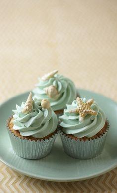 Inspiração pra entrar no clima de verão! #comidinhas #cupcakes #sea #beach #praia
