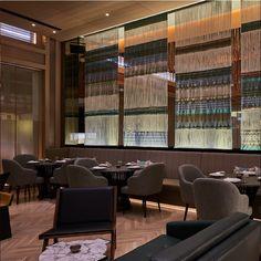 PEYOTE Restaurante - Dubai  Les compartimos el proyecto del que formamos parte con piezas de la colección Dupuis Design Collective.  En colaboración con #SMA #sordomadalenoarquitectos  .  .  .  .  .  #Interiorismo #mexico #dubai #arquitecturamx #Mobiliario #HechoEnMexico #hechoamano #OrgulloMexicano #Styling #Tendencias2017 #dupuismx #ClásicoPeroModerno #DupuisDesignCollective #sofa #banco #nogal #marmolarabescato #legadomexicano #BuenGusto #Tradición Dubai, Conference Room, Interior Design, Table, Furniture, Home Decor, Hotels, Restaurants, Benches