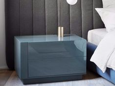 Mesa-de-cabeceira lacada BENJAMIN by Meridiani design Andrea Parisio