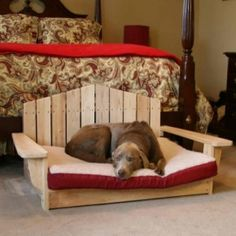 #DIY Great pallet project: dog bed - http://dunway.com