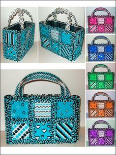 Plastic Canvas - Handbag & Tote Patterns - Handbag, Purse & Tote Patterns - Rag Quilt Totes in Plastic Canvas