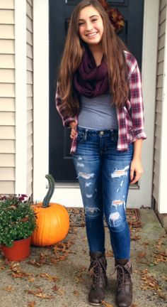 Leather jacket or slouchy cardigan inssteeaddd :) #senior picturesss