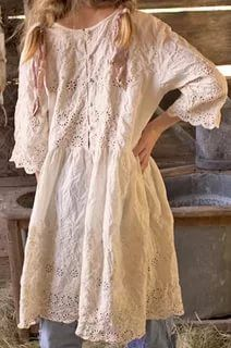 Make with lace, add skirt Boho Outfits, Pretty Outfits, Beautiful Outfits, Vintage Outfits, Fashion Outfits, Magnolia Pearl, Hippie Boho, Bohemian Style, Ropa Shabby Chic