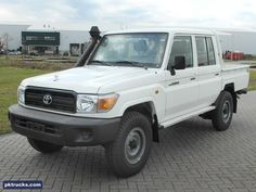 10 units Toyota Land Cruiser HZJ79L-R 4x4 pick-up - NEW!  Price: € 34.000,-  Axles: 4x4  Cabin: double cabin with 6 seats  HP/KW: 129 HP / 96 Kw  Gearbox: Manual gearbox  Wheelbase: 3180 mm  More information: http://www.pktrucks.com/stock/view/div2747