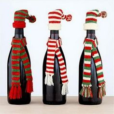 32 christmas crafts http://hative.com/homemade-wine-bottle-crafts/